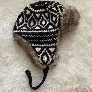 H&M Trapper Hat with Faux Fur and 50% Wool